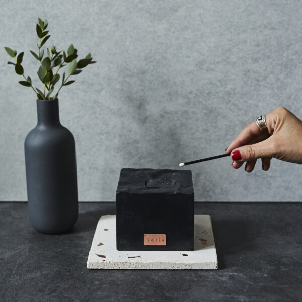 marble black candle match