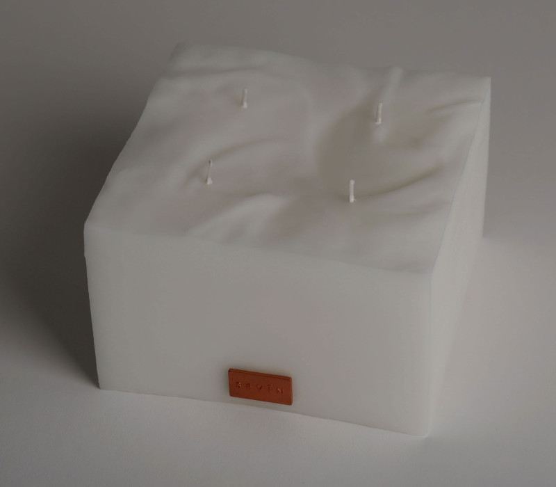 Porcelain White Scented Candle large